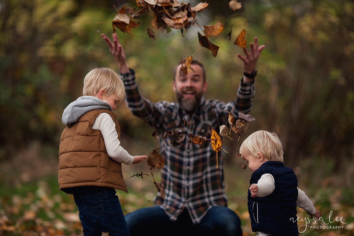 Neyssa Lee Photography, Snoqualmie Family Photographer, Fall Family Photos, Dad throwing leaves