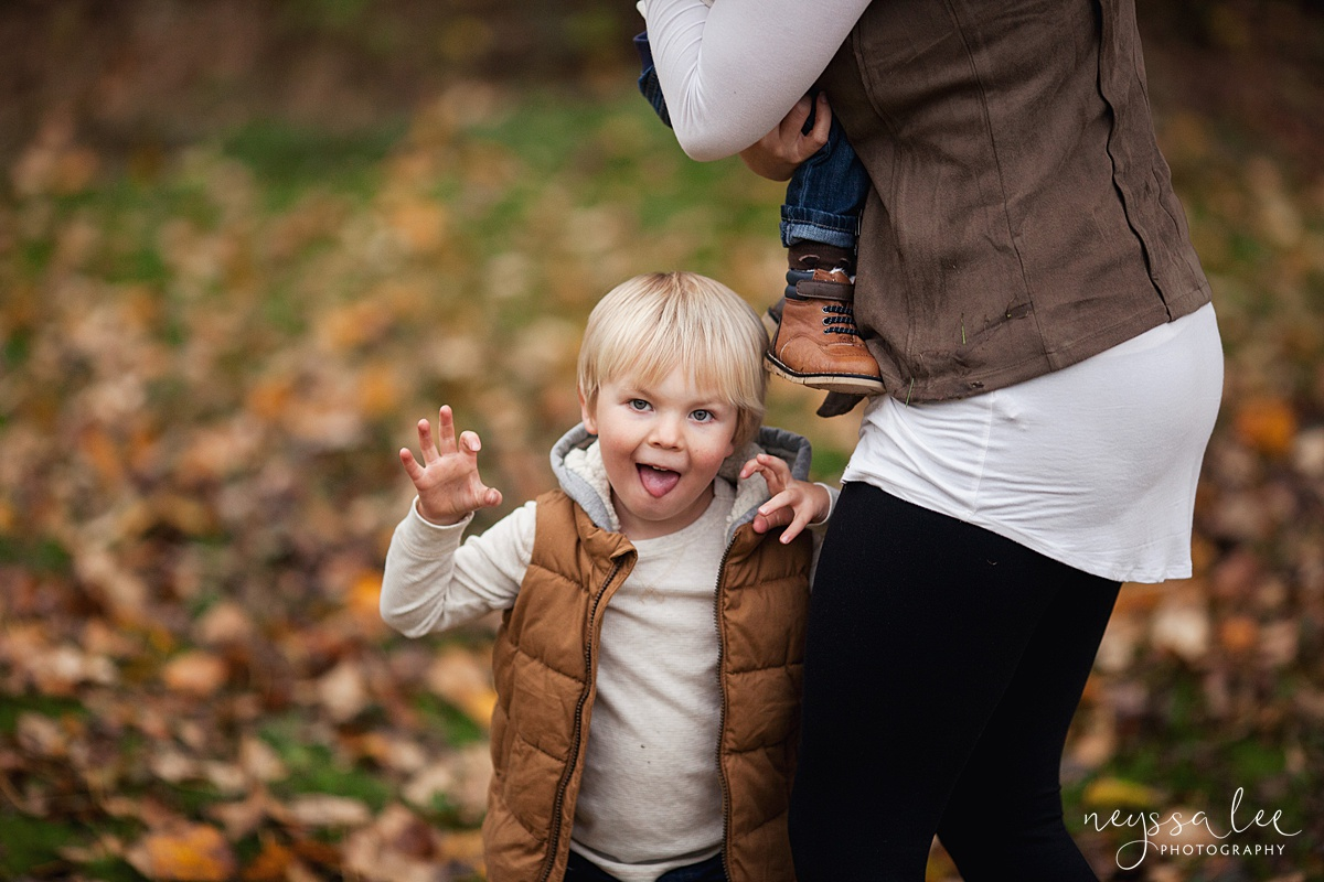 Neyssa Lee Photography, Snoqualmie Family Photographer, Fall Family Photos, Preschool boy makes funny face