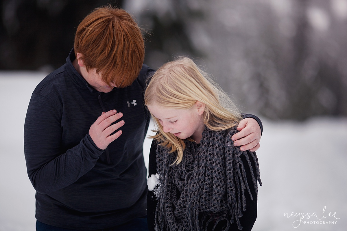 Neyssa Lee Photography, Snoqualmie Family Photographer, Family photos in the snow, Brother and Sister together