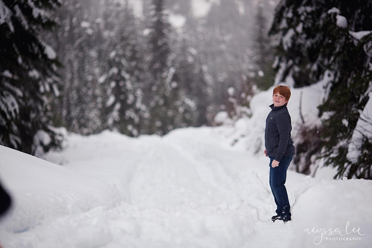 Neyssa Lee Photography, Snoqualmie Family Photographer, Family photos in the snow, boy in the snow