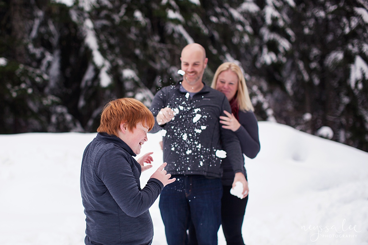 Neyssa Lee Photography, Snoqualmie Family Photographer, Family photos in the snow, throwing snow at kids