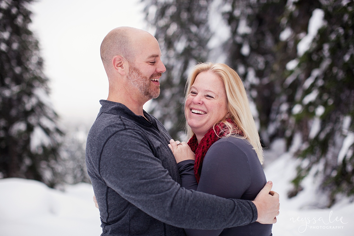 Neyssa Lee Photography, Snoqualmie Family Photographer, Family photos in the snow, mom and dad