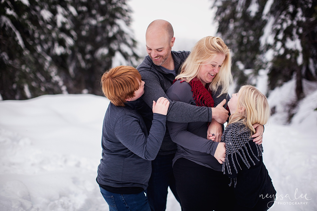Neyssa Lee Photography, Snoqualmie Family Photographer, Family photos in the snow, lifestyle family of four photo