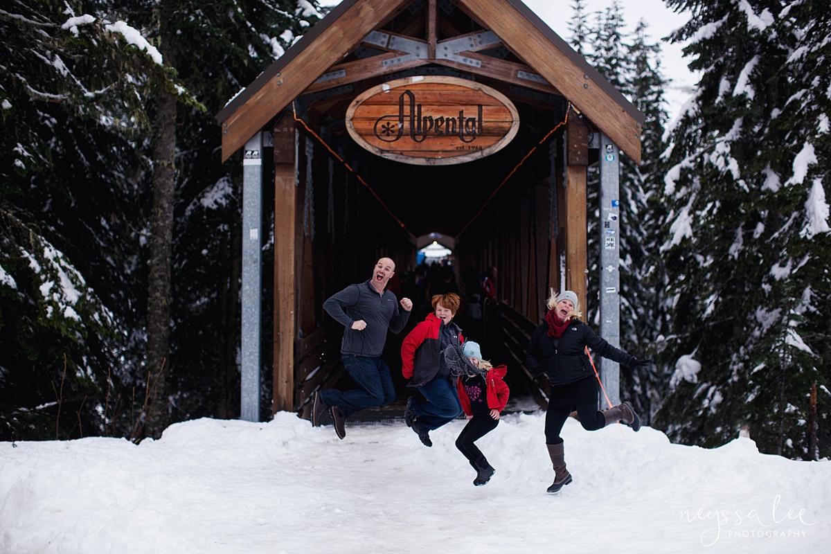 Neyssa Lee Photography, Snoqualmie Family Photographer, Family photos in the snow, Family jumping in the snow
