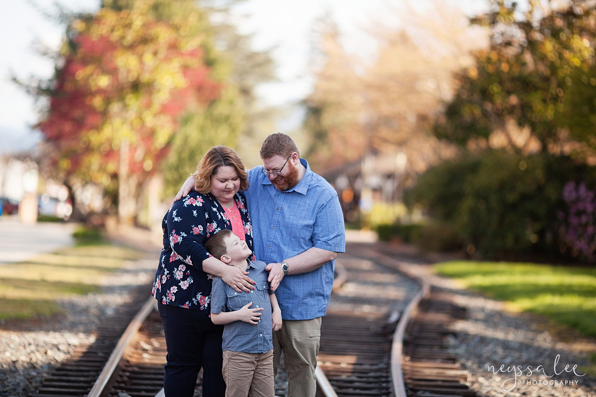 Photos for a 10 year anniversary, Snoqualmie Family Photography, Neyssa Lee Photography, Family of Three