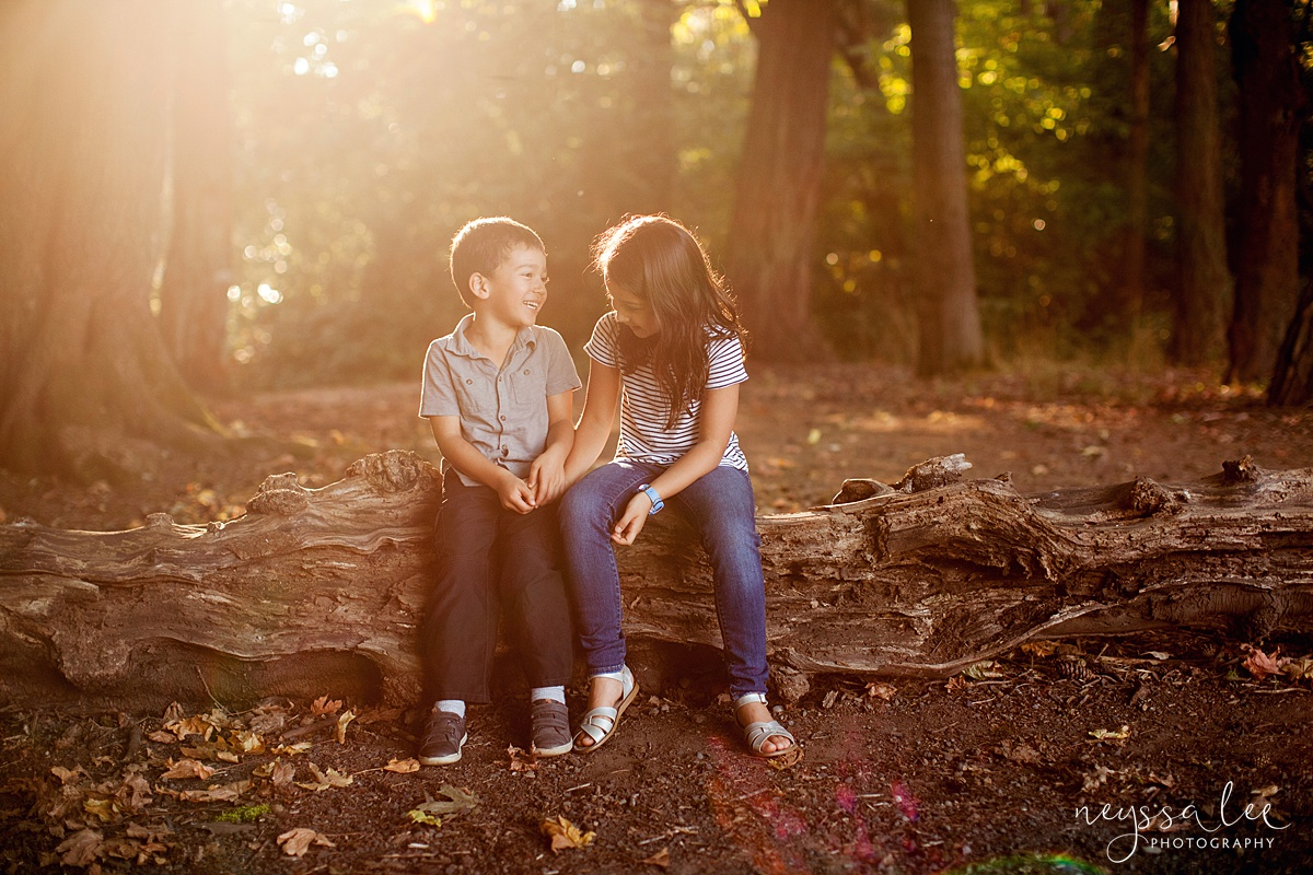 Neyssa Lee Photography, Seattle Family Photography, Family photos in the woods, family photos by the water,