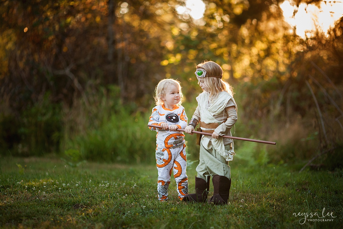 5 Tips for Magical Halloween Photos, Neyssa Lee Photography, Photo Tips, Girls in Star Wars Costume, Rey and BB8