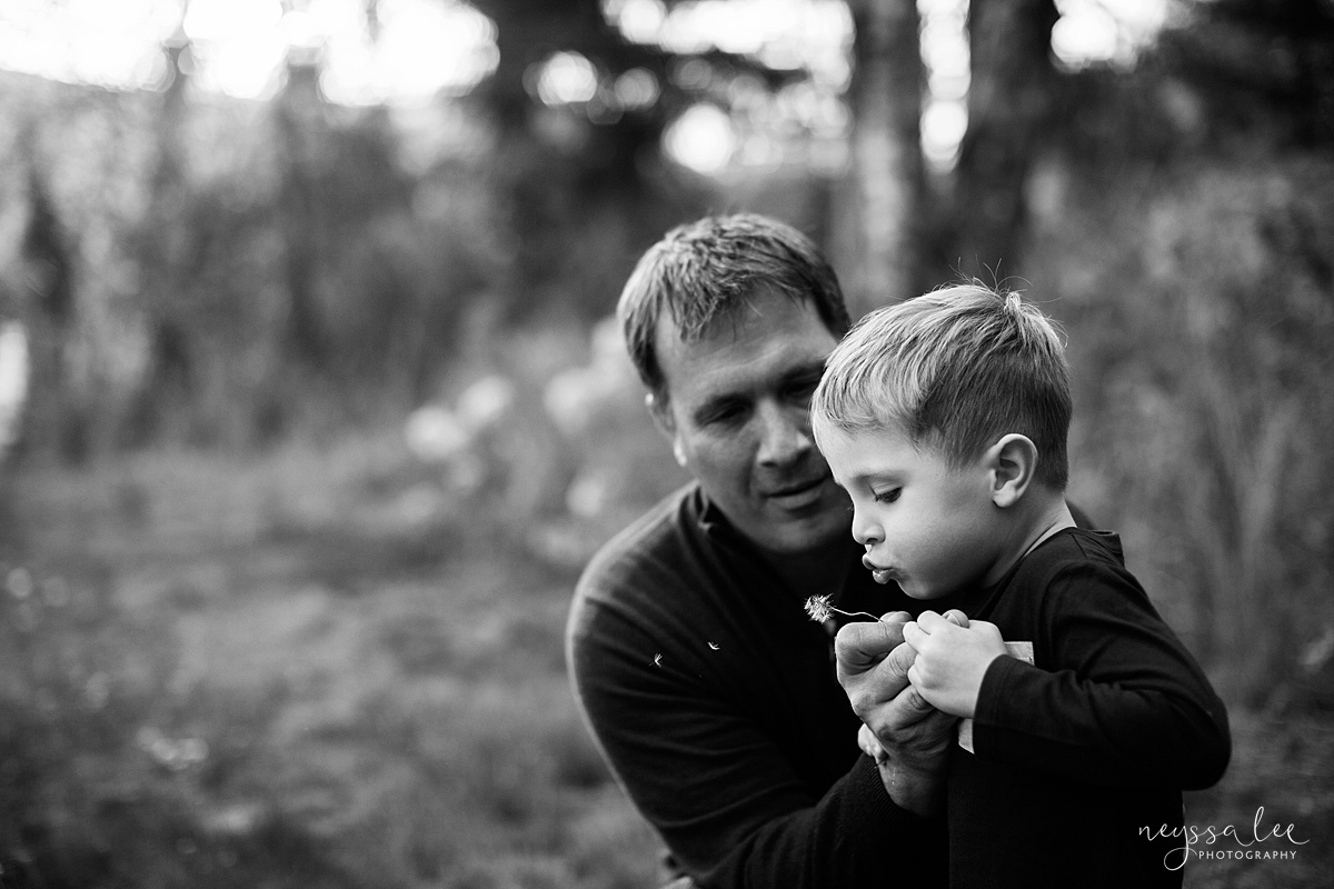 Snoqualmie Family Photographer, Neyssa Lee Photography, Fall Family Photos, Change of perspective on family photos, black and white father and son