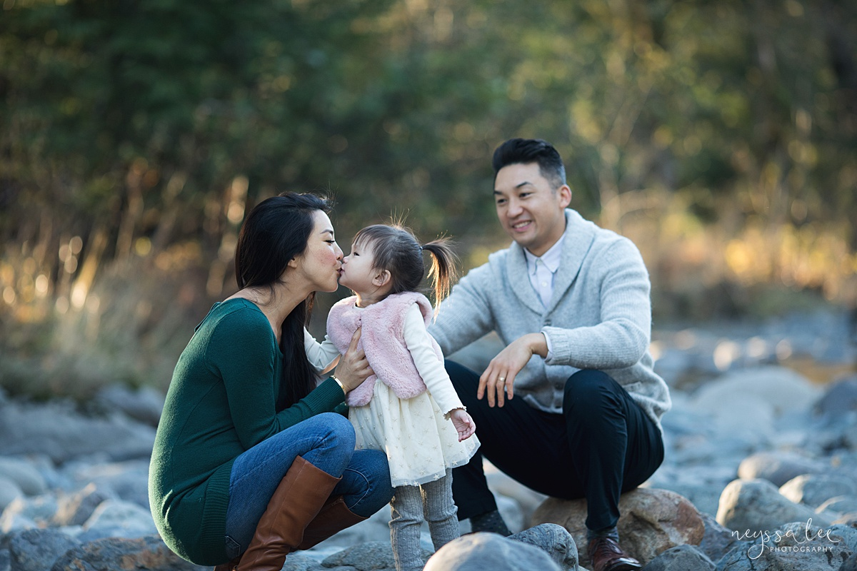 Neyssa Lee Photography, Seattle Lifestyle Family Photographer,  Photo of girl giving mom kiss