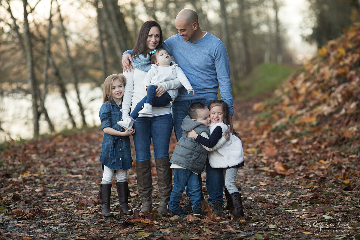 Neyssa Lee Photography, Snoqualmie Family Photographer, Large family photo, Lifestyle photo of family of six snuggled together in a fall park setting