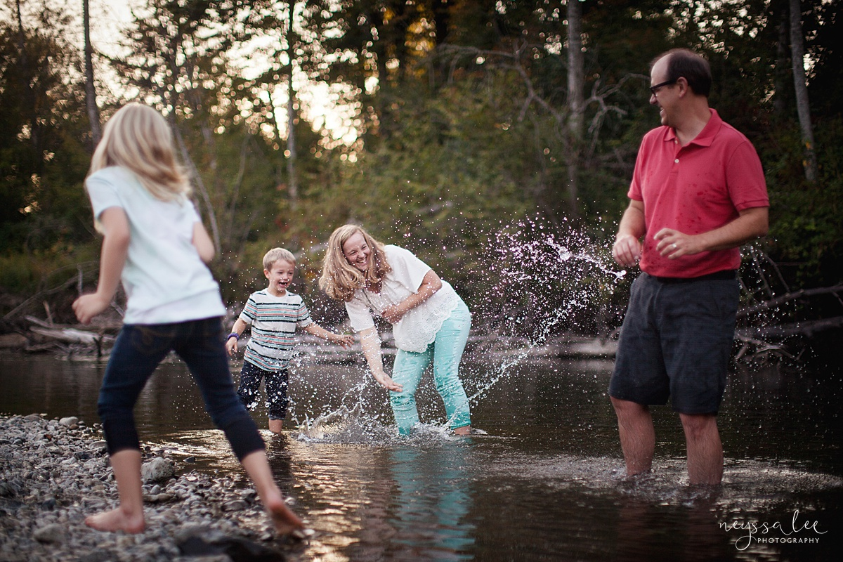Neyssa Lee Photography, Snoqualmie Family Photographer, Seattle Family Photography, Family Photos in Summer, Photo of family splashing in the river together