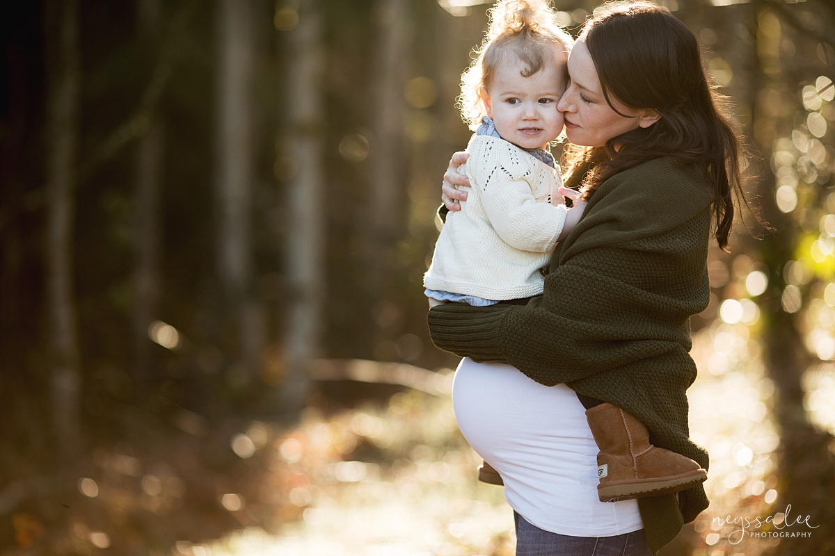 Tips to Rock Your Maternity Session, Neyssa Lee Photography, Maternity photo of mom holding toddler close, Seattle Maternity Photographer, Issaquah Newborn Photographer,