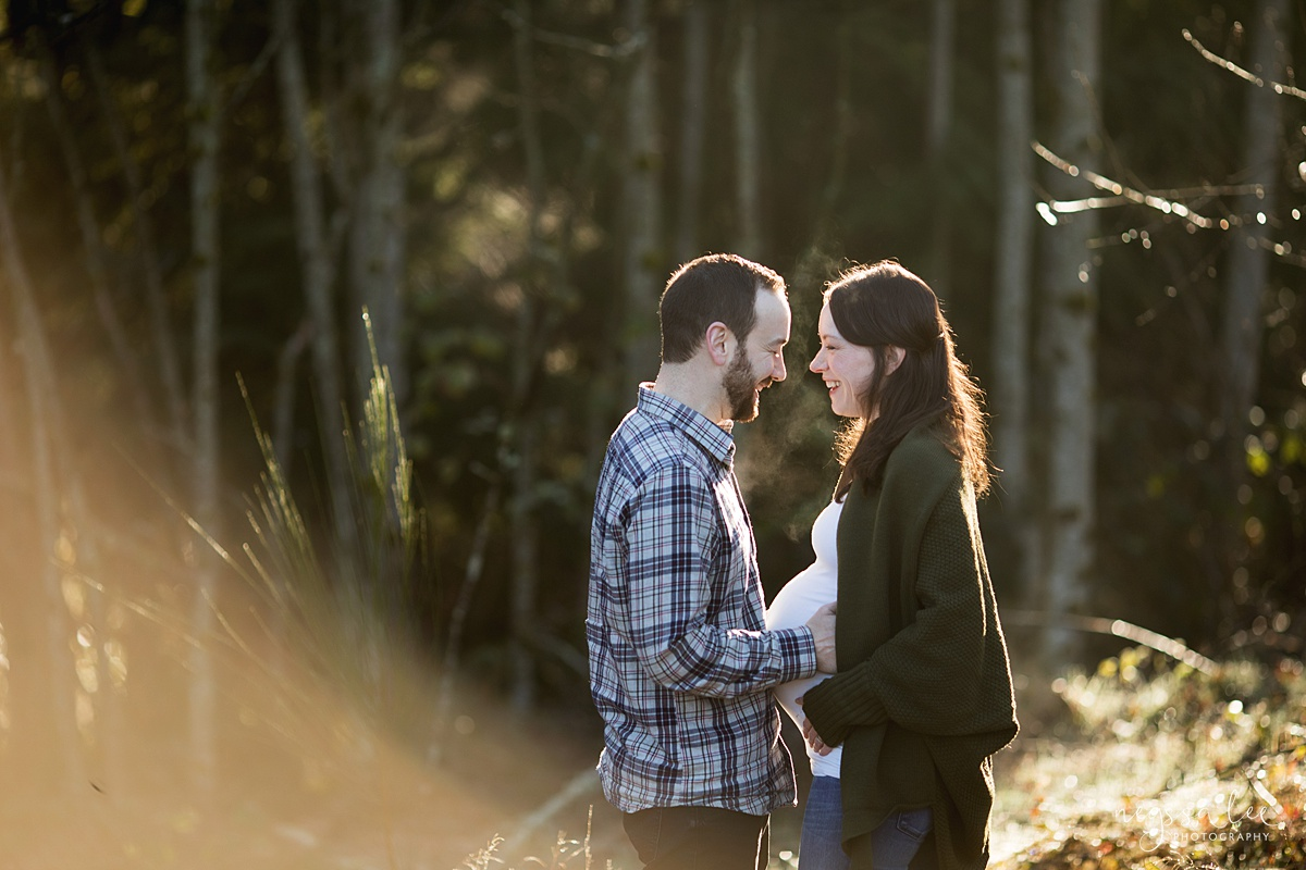 Tips to Rock Your Maternity Session, Neyssa Lee Photography, Seattle Maternity Photographer, Issaquah Newborn Photographer, Maternity photo of couple standing together