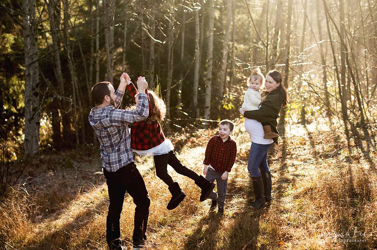 Tips to Rock Your Maternity Session, Neyssa Lee Photography, Seattle Maternity Photographer, Issaquah Newborn Photographer, Playful family photo, Photo of dad spinning daughter