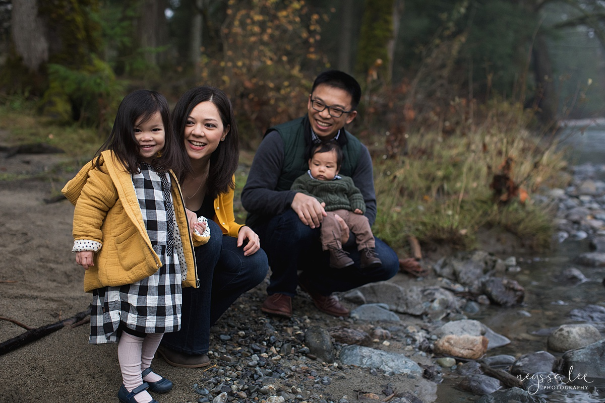 Neyssa Lee Photography, Snoqualmie Family Photographer, Family Photos for Shy Kids, Photo of family by the river on a foggy morning