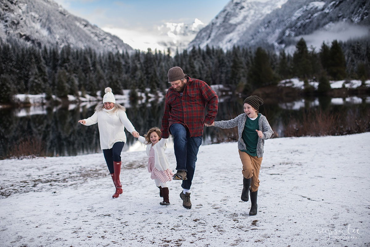 Neyssa Lee Photography, What to Wear For Family Photos, Red for Family Photos, Seattle Family Photographer, Photo of Family skipping in the snow together