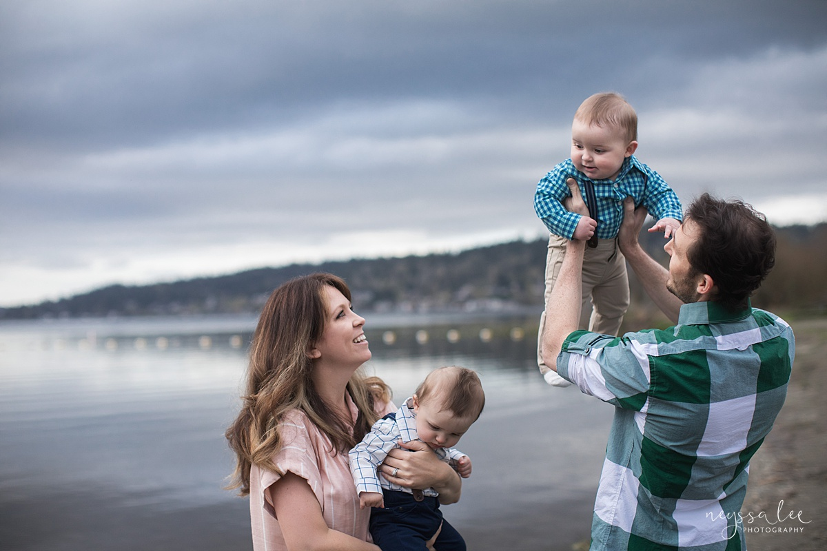 Neyssa Lee Photography, Issaquah Family Photographer, Family Photos with Grey Skies, Lake Sammamish State Park, Photo of family playing by the lake