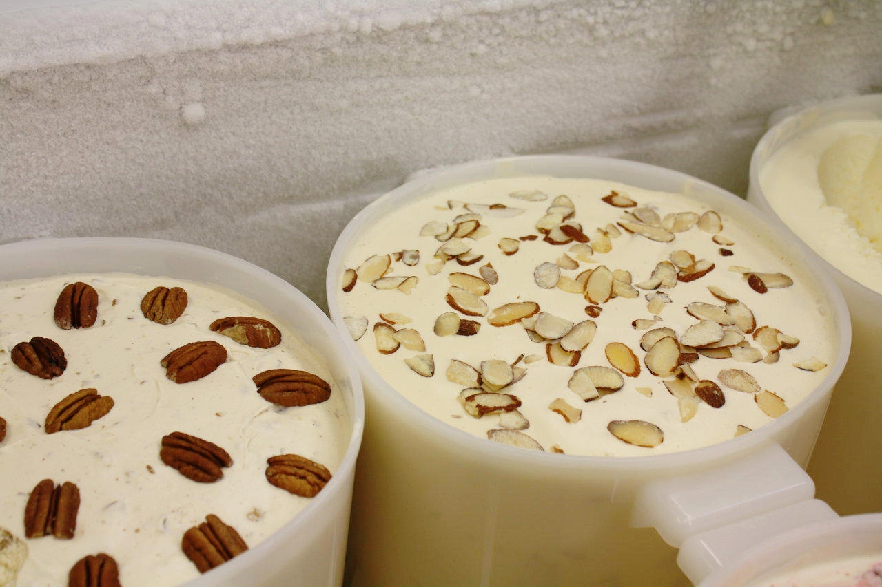ice cream wholesale tubs.jpg