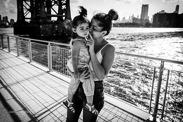 When my beautiful friend had her first baby we tried so hard for me to be there but it wasn't in the stars 🌟 so I made sure I got some moments with them while I was in NYC. Love you @lucianacarro #nastywoman 🖤  #motherhoodphotography #newyorkphotography #hannahpalamarahonestlyfeminine