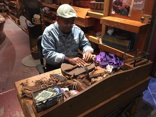 Freshly crafted Cuabn cigars