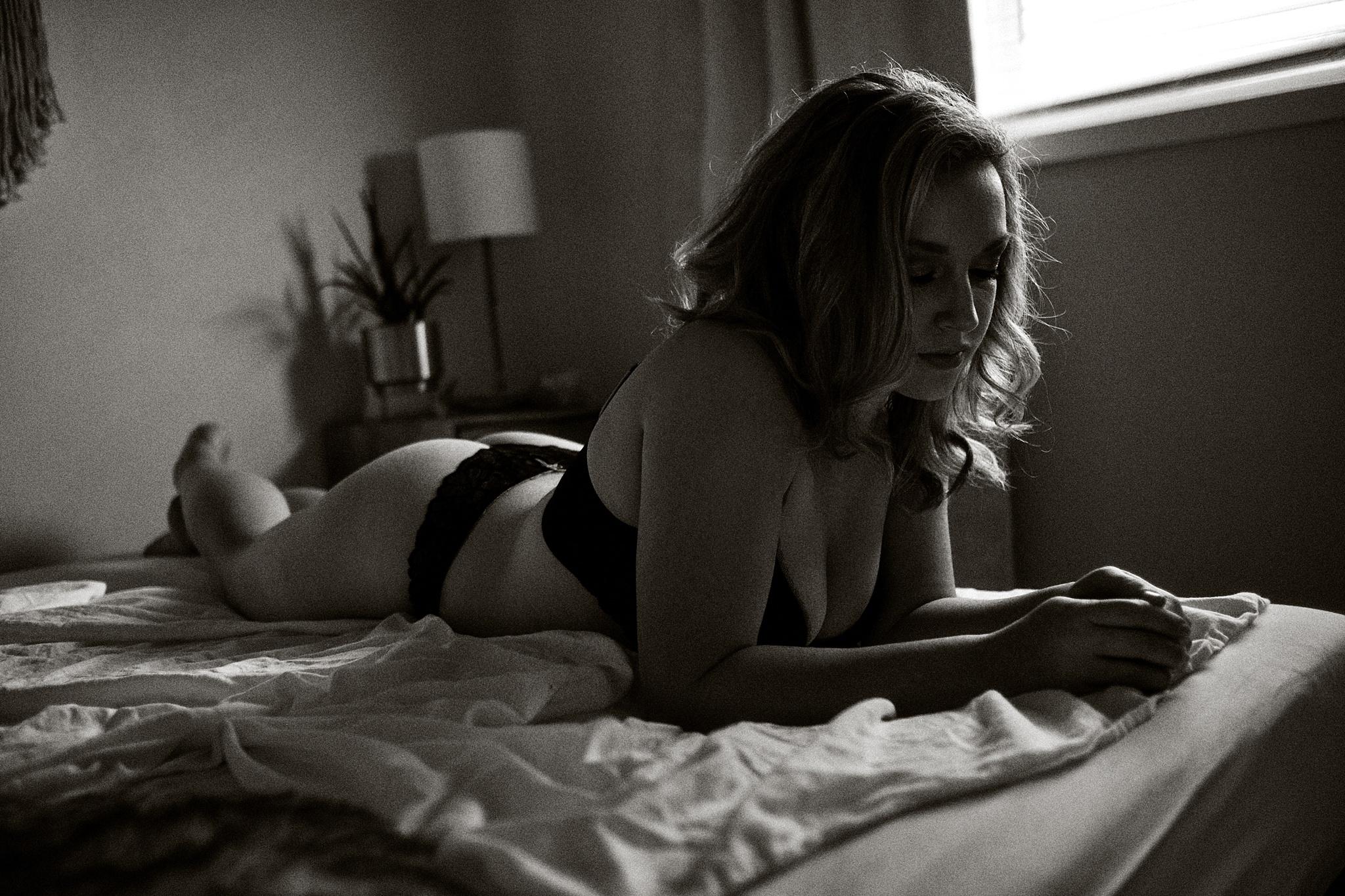 boudoir-photography-wi_11.jpg