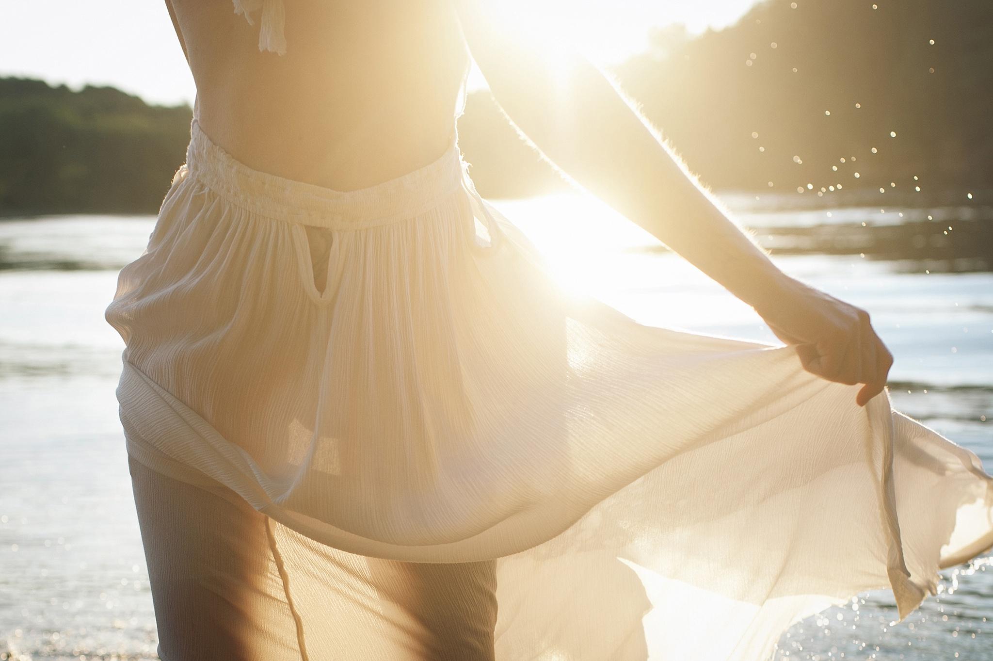 outdoor-boudoir-photographer-water_04.jpg