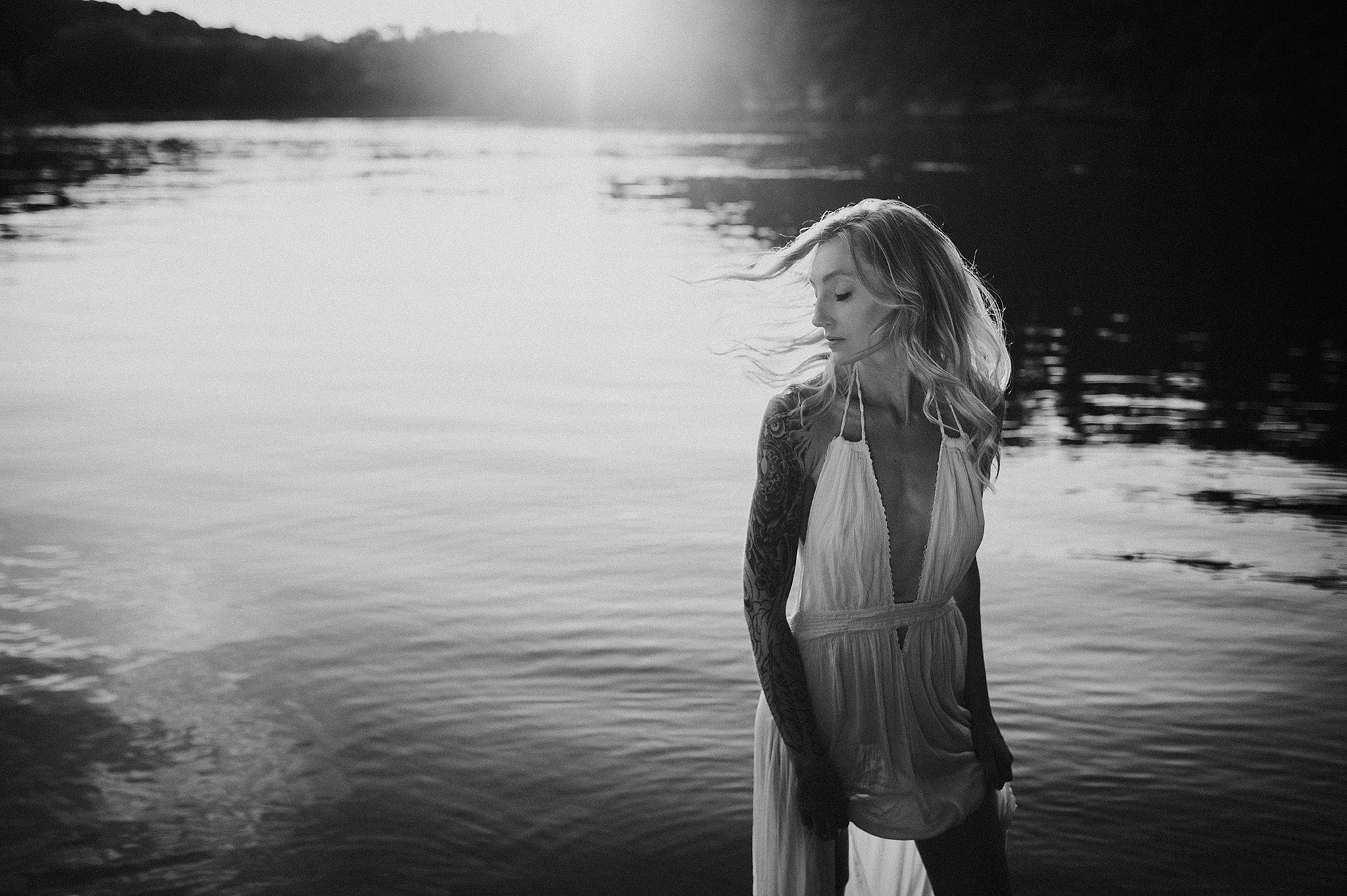 outdoor-boudoir-photographer-water_18.jpg