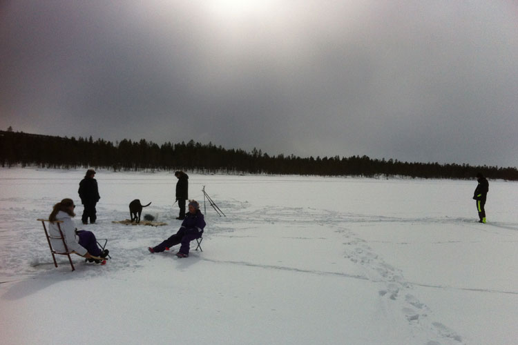 Icefishing01.jpg