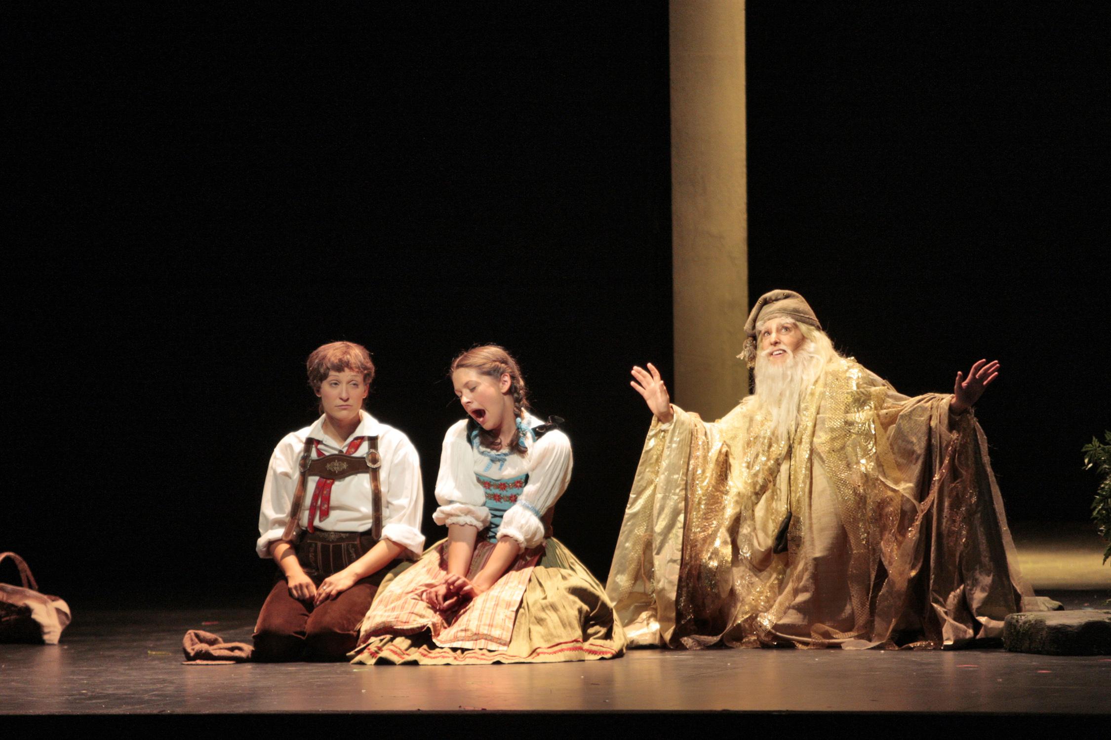 Sandman in scene from Hansel and Gretel, Santa Fe Opera Apprentice Scenes