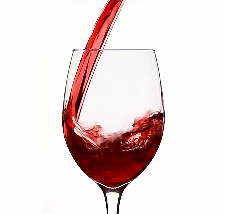 June 4th wine tasting menu: The 2015 Lapis Luna Chardonnay, the 2016 Dolce Rosato, the 2015 Dolcetto, the 2014 Cabernet Sauvignon, and the 2013 Queensland.
