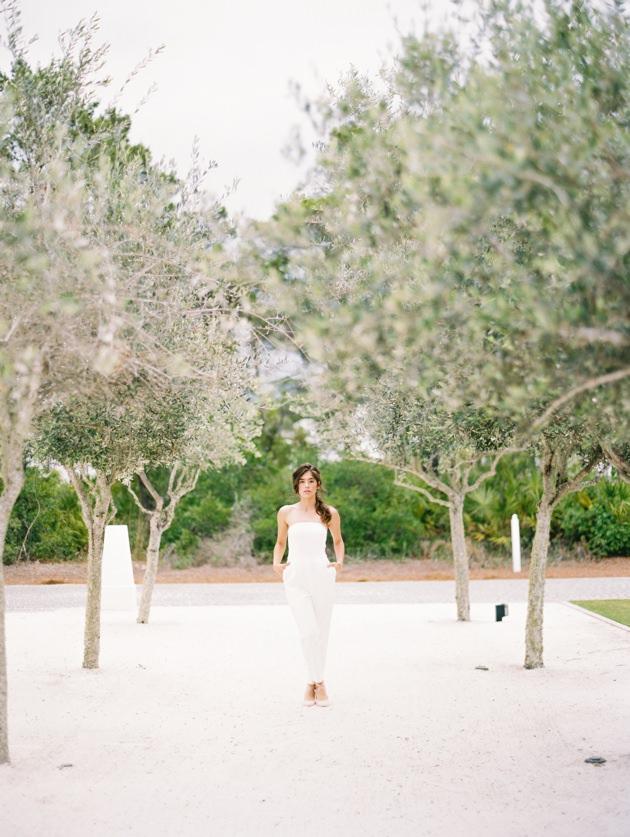 wedding-photographer-in-santorini.jpg