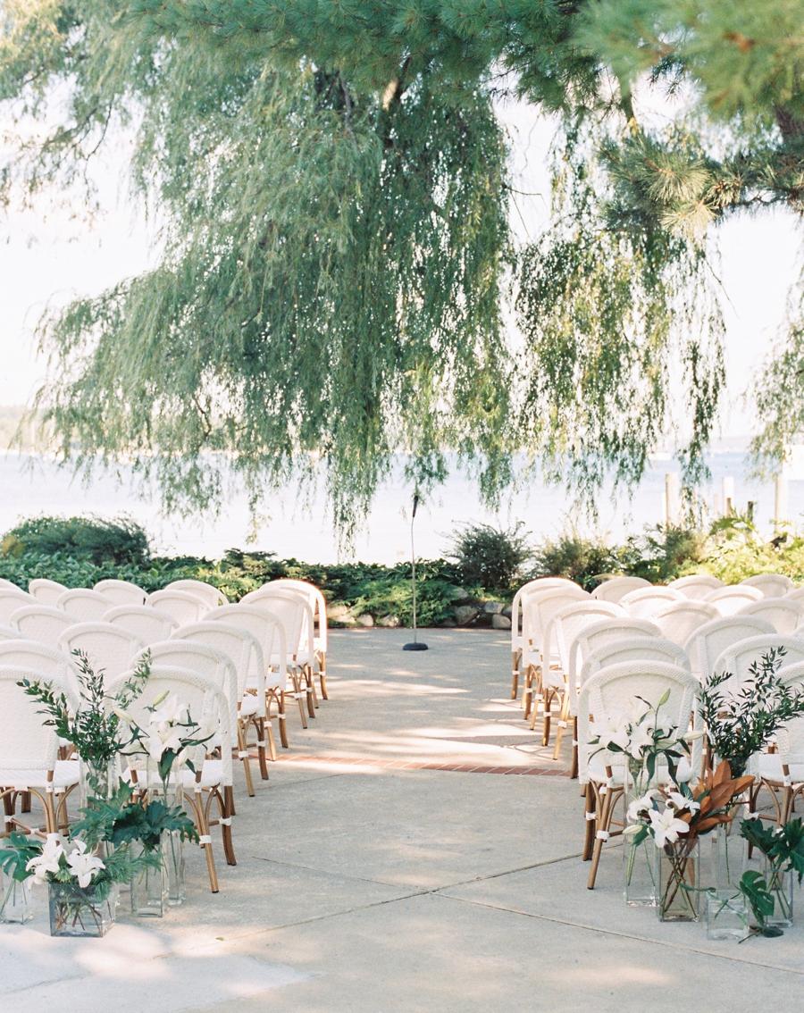 11-little-harbor-yacht-club-wedding-michigan.jpg