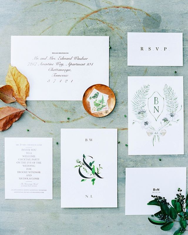 The perfect details to a southern Fall wedding 🍃 // featured on @martha_weddings⠀⠀ ⠀⠀ ⠀⠀ ⠀⠀ #marthaweddings #fallwedding #weddinginvitations #weddingdetails #weddingflatlay #flatlaystyling #weddingcrest #tennesseeweddings #southernwedding #luxuryphotography #weddingphotography #filmphotography #marthastewartweddings #weddingpaper