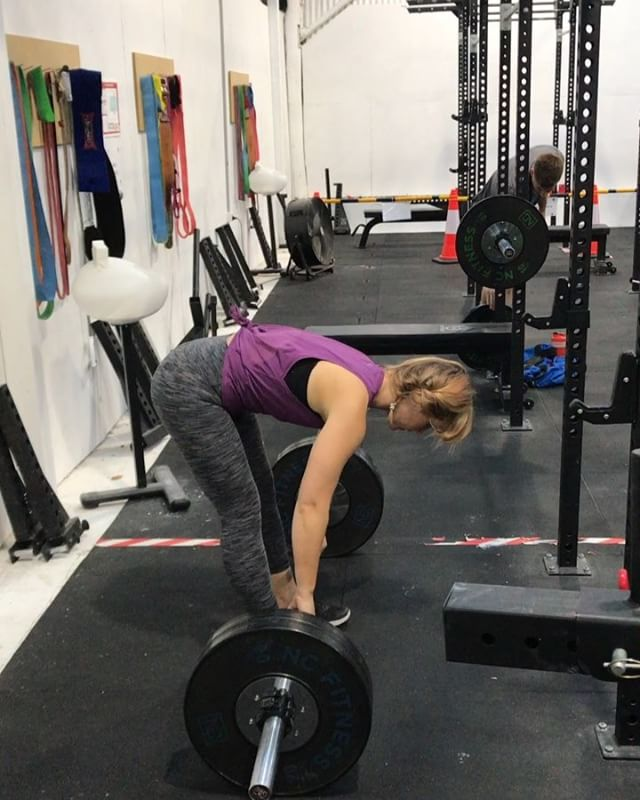 From back injury to deadlifting 100kg for a lifetime #PR ; squatting 85kg and benching 60kg. @garvenarryn has absolutely smashed her goals and more importantly improved her quality of life ten fold. Coaching is about you, not your trainer and I'm happy to say here @barbell.samurai that's part of our ethos. We care about our people and their achievements. Keep smashing goals Arryn. I am so proud of you girl!