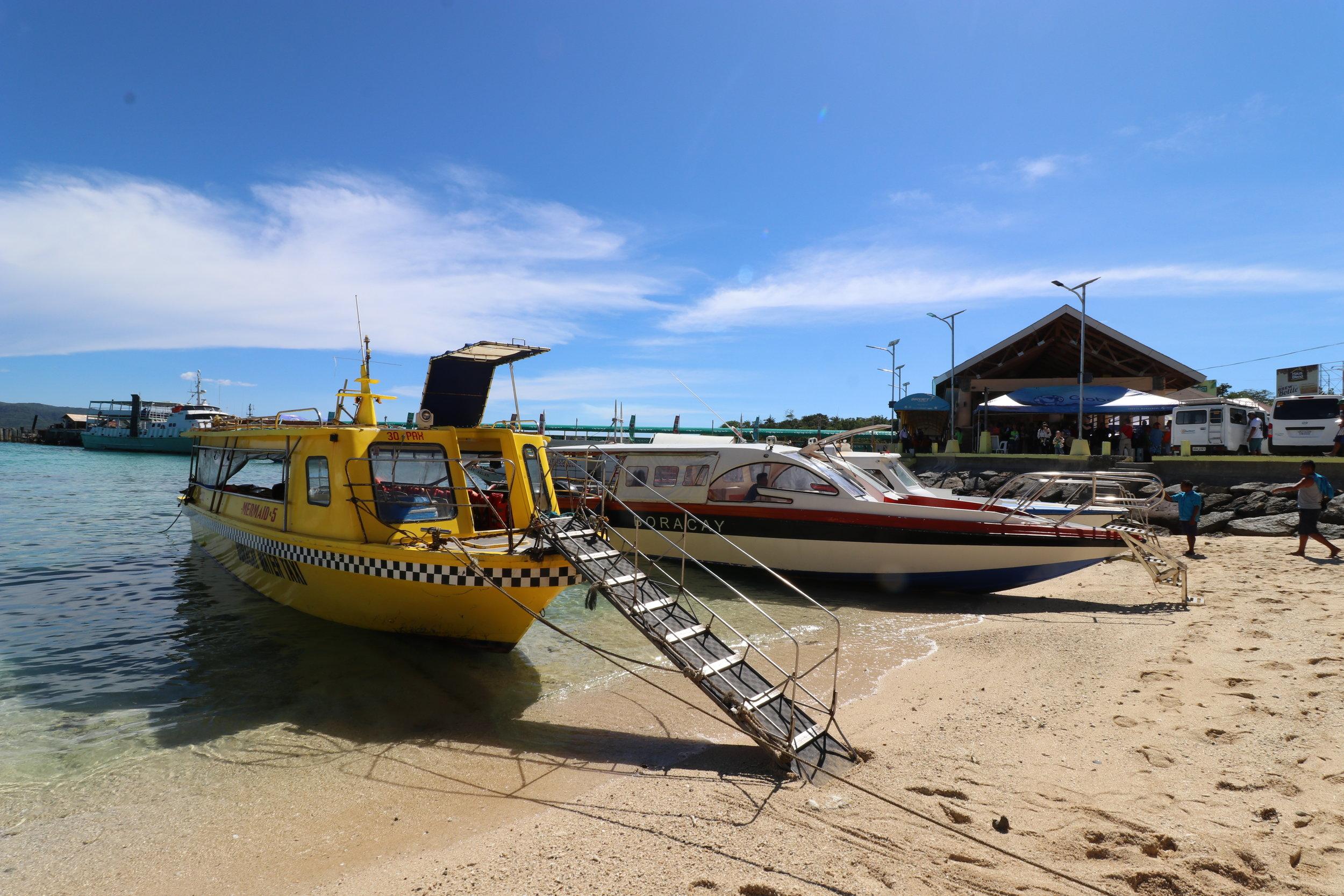 ボラカイ島側のボート乗り場