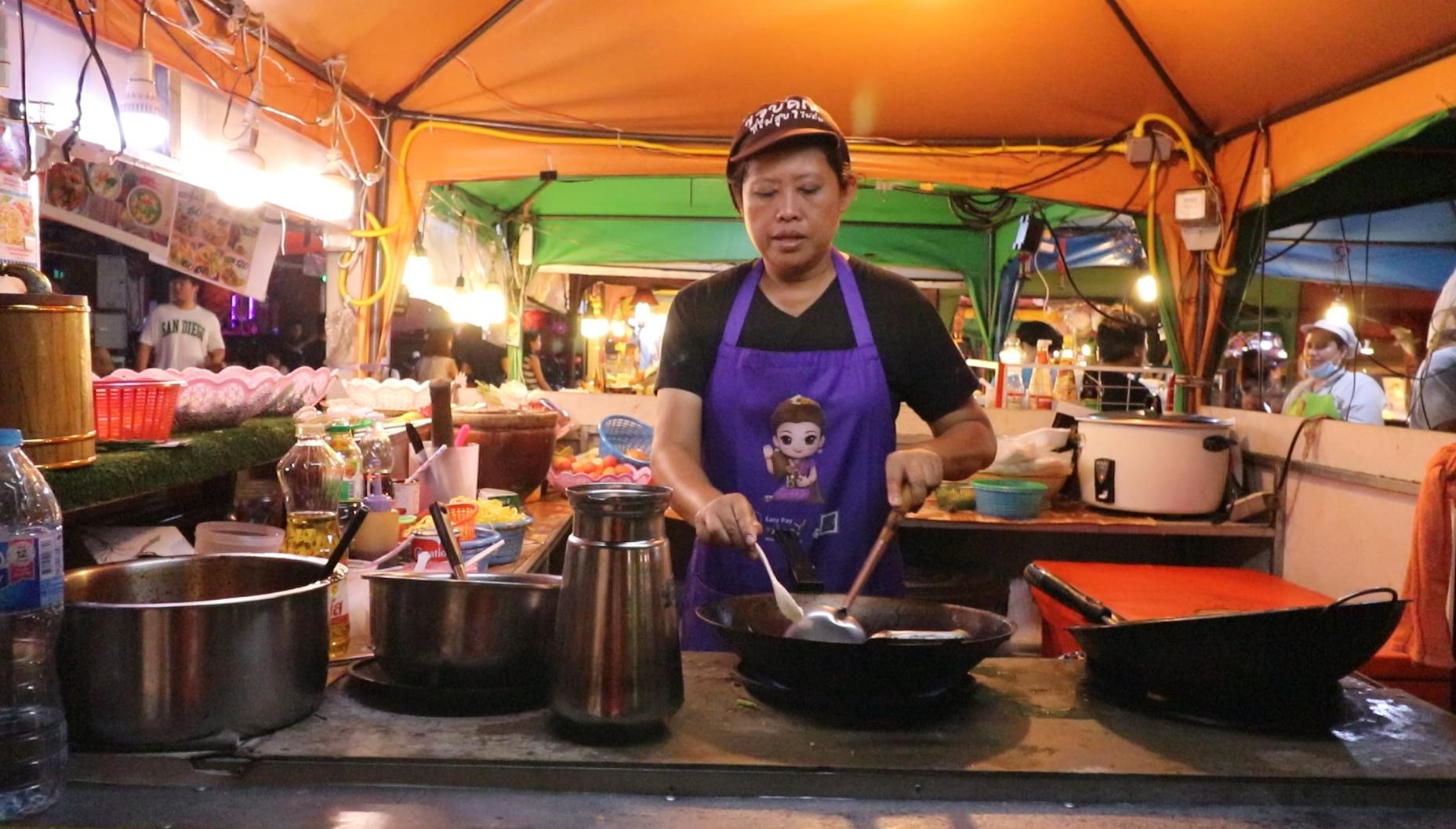 タイ料理 屋台 おすすめ