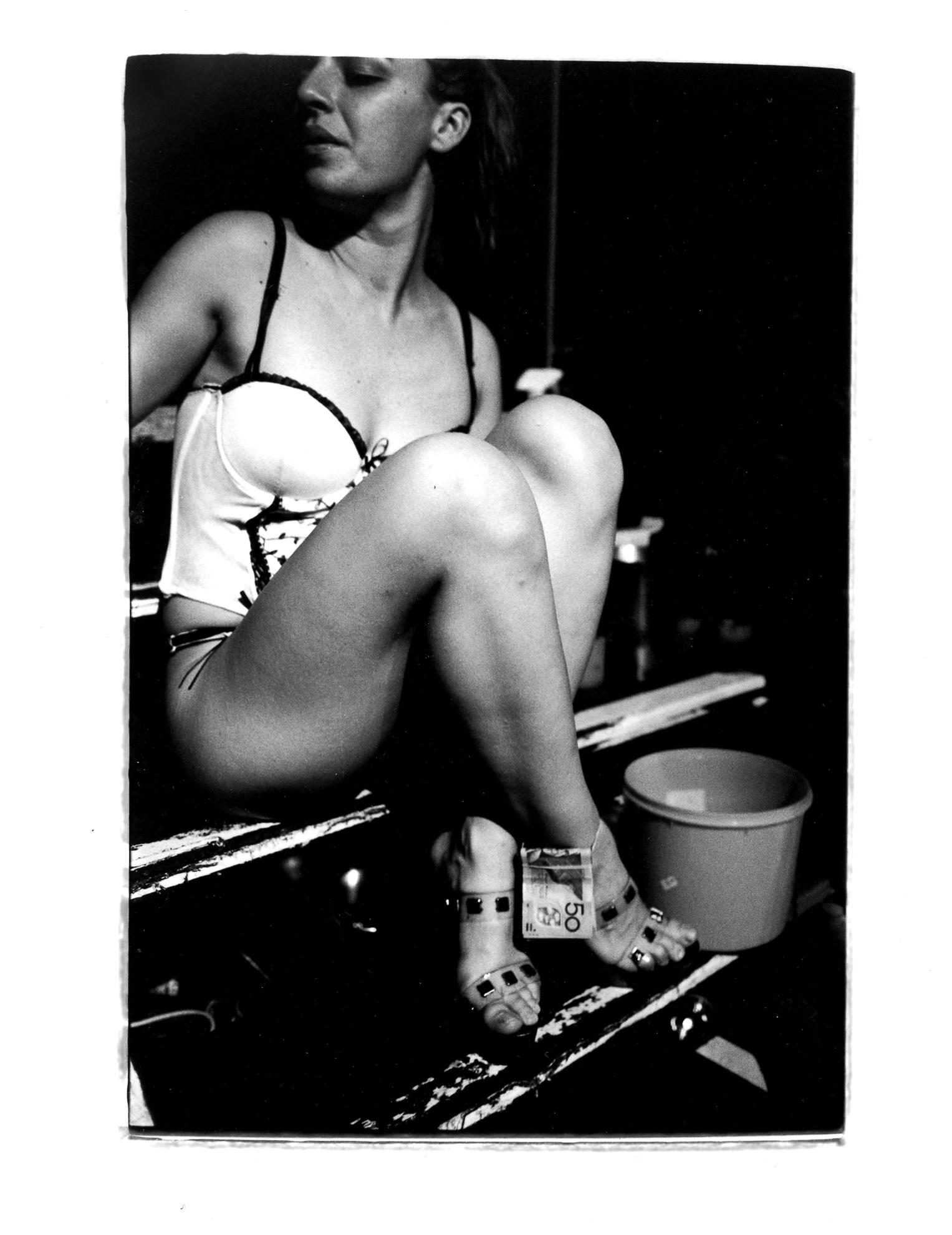 showgirls-4.jpg