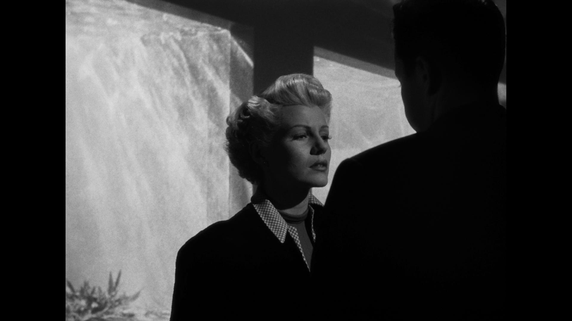 The Lady From Shanghai (1947) 3.jpg