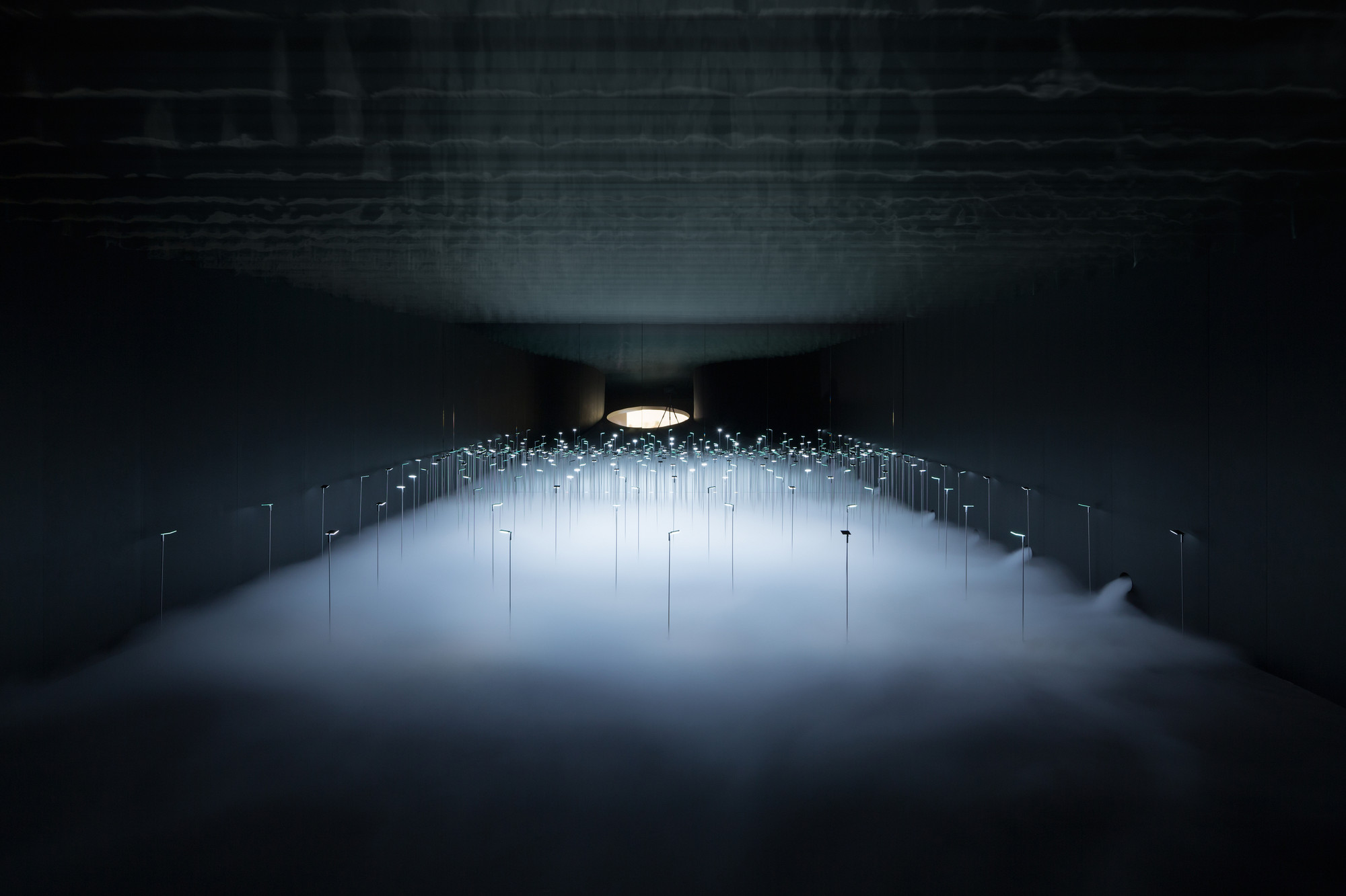 Infuse, an installation for KANEKA by Japanese architect office sinato Inc 2.jpg