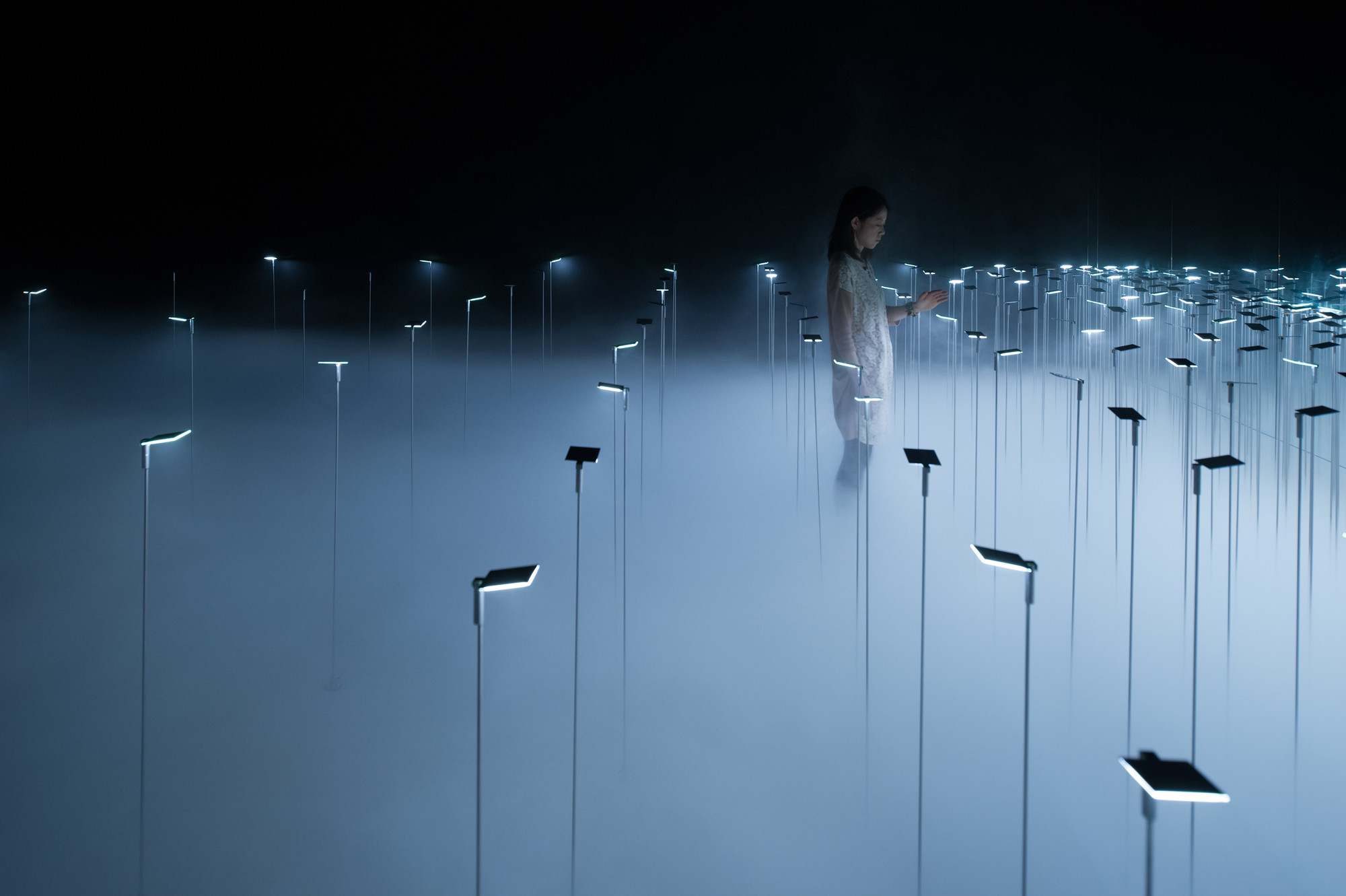 Infuse, an installation for KANEKA by Japanese architect office sinato Inc  3.jpg
