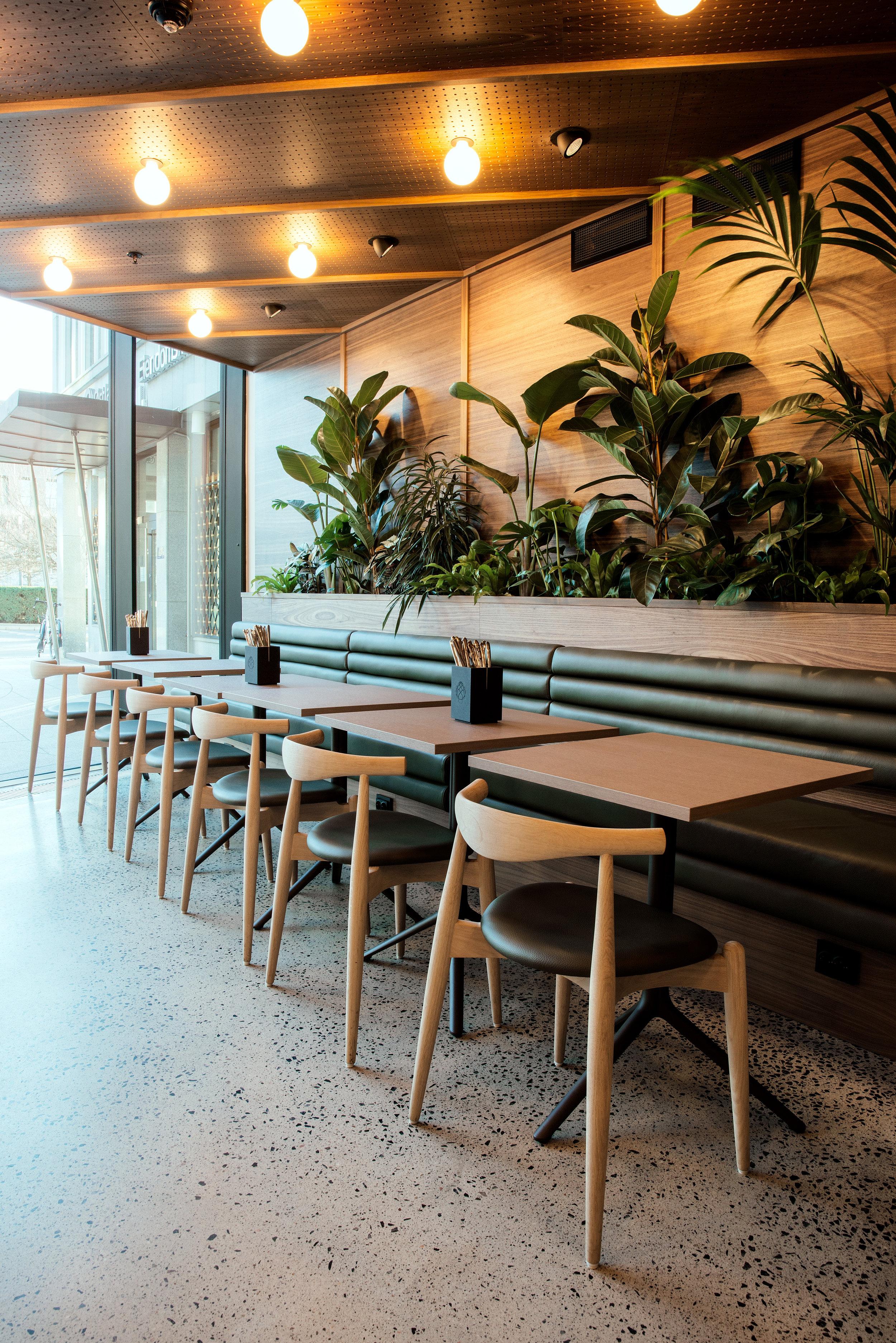 lavaoslo-Restaurant-kafe-restaurant haakon-buffet-lunsj
