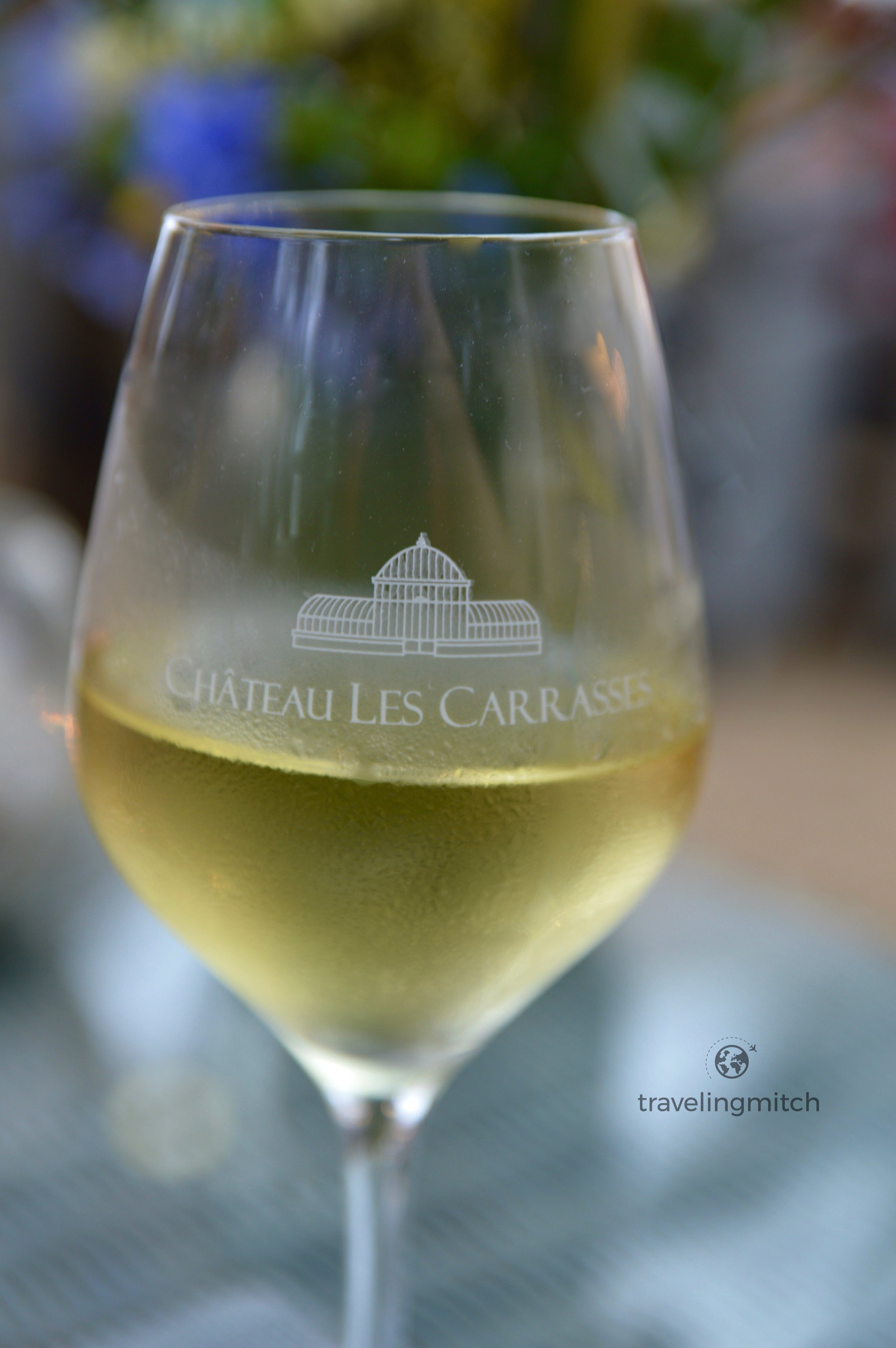 "The white wine known as ""Les Carasses"" was a delightful chardonnay."