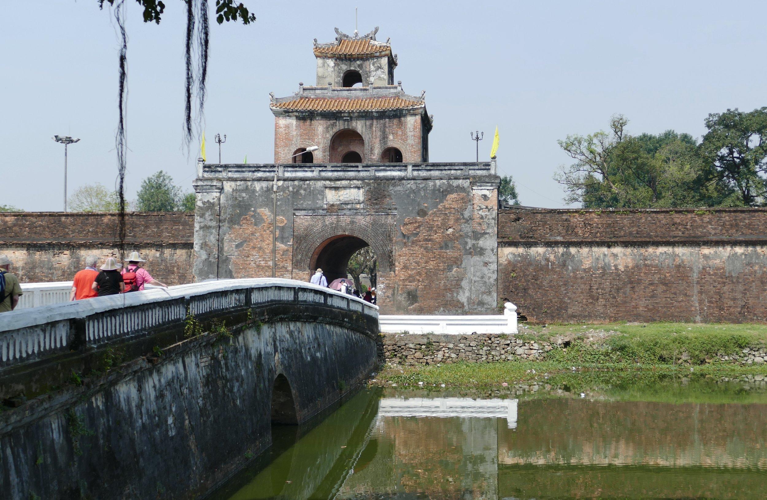 3 Weeks in Vietnam - The Purple Forbidden City in Hue
