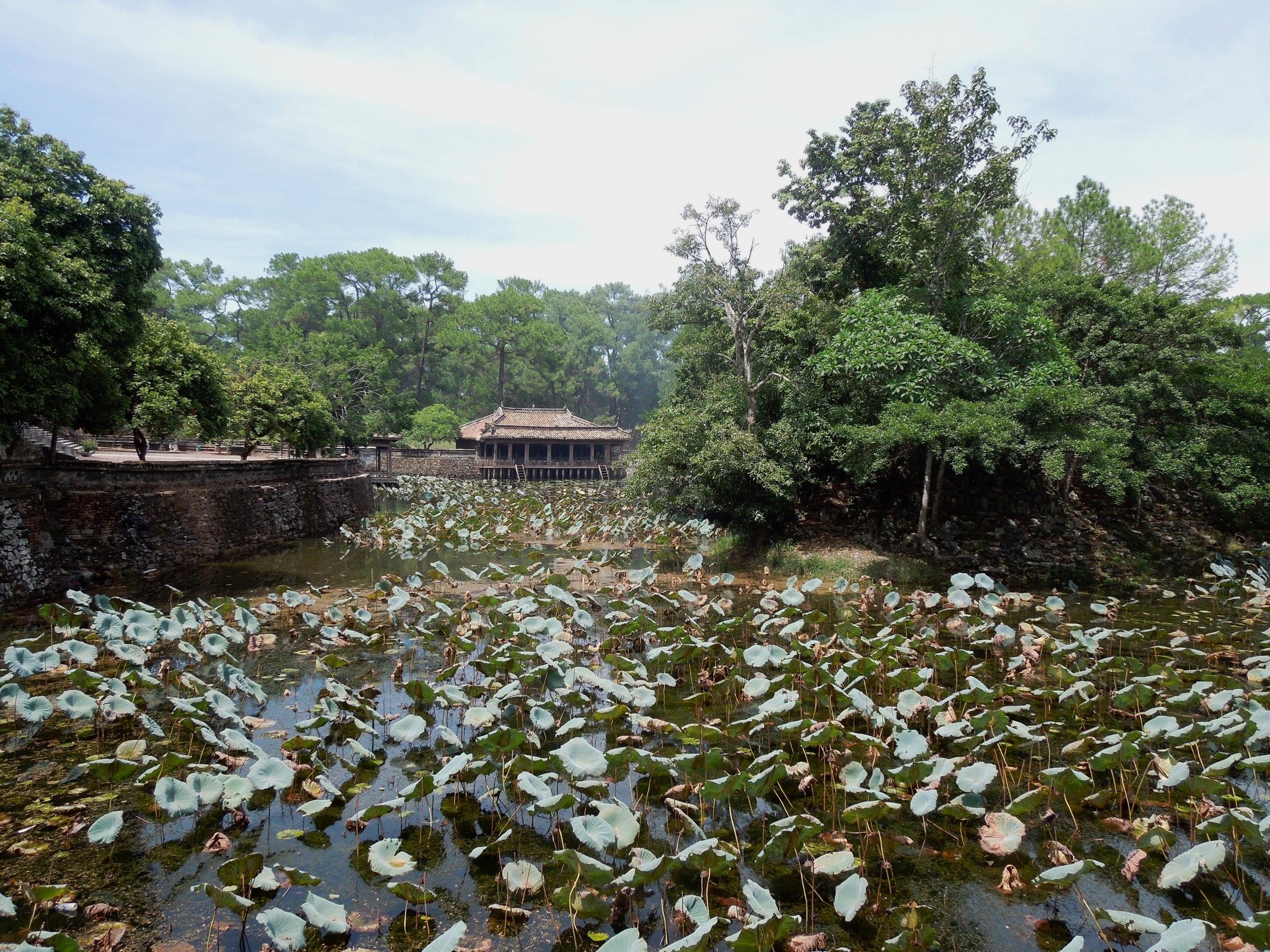 3 Weeks in Vietnam - Tu Doc Tomb in Hue