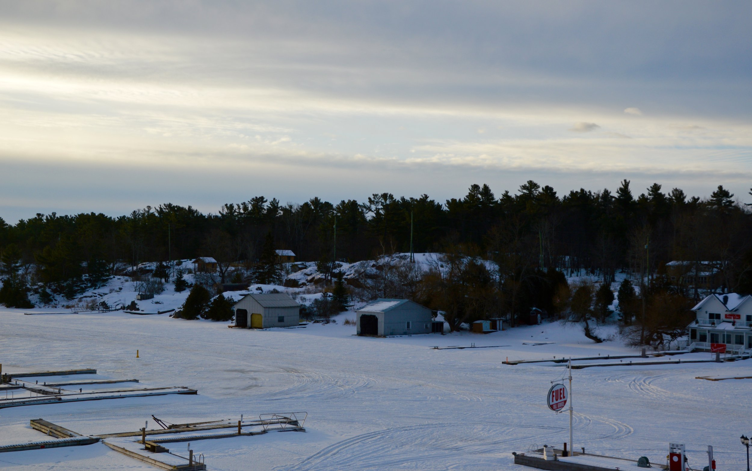The views from our room at the Sportsman's Inn offered lovely views of the snow covered boat docks.