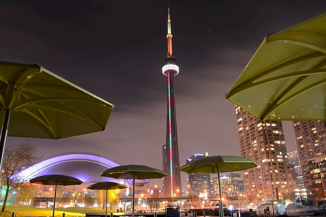 36 Hours in Toronto - CN Tower