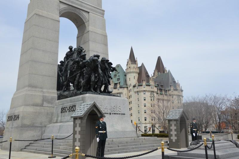 Ottawa weekend - national war memorial