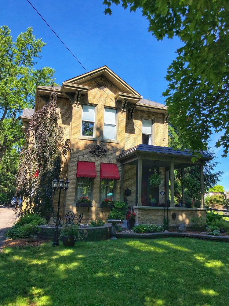 Middlesex, Ontario has some lovely bed and breakfasts, and staying at one could be considered one of the top things to do in Southwestern Ontario