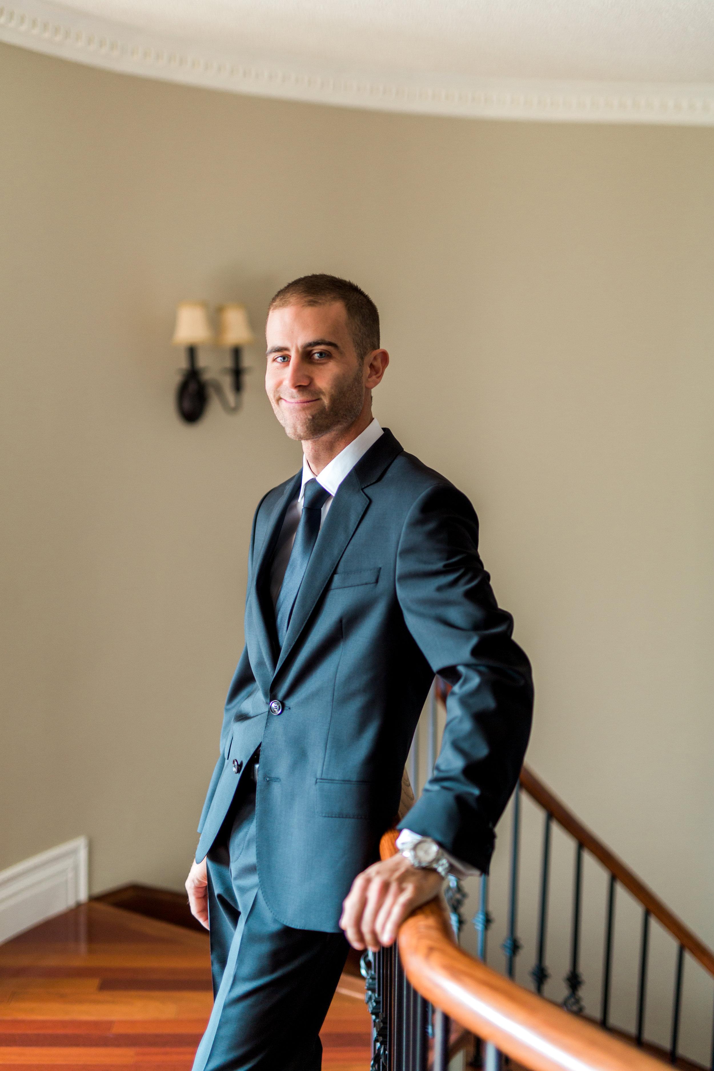 Danielle-Giroux-Amir-Golbazi-Toronto-Wedding-Photographer-Bellvue-Manor_DeLuca_1-029.jpg