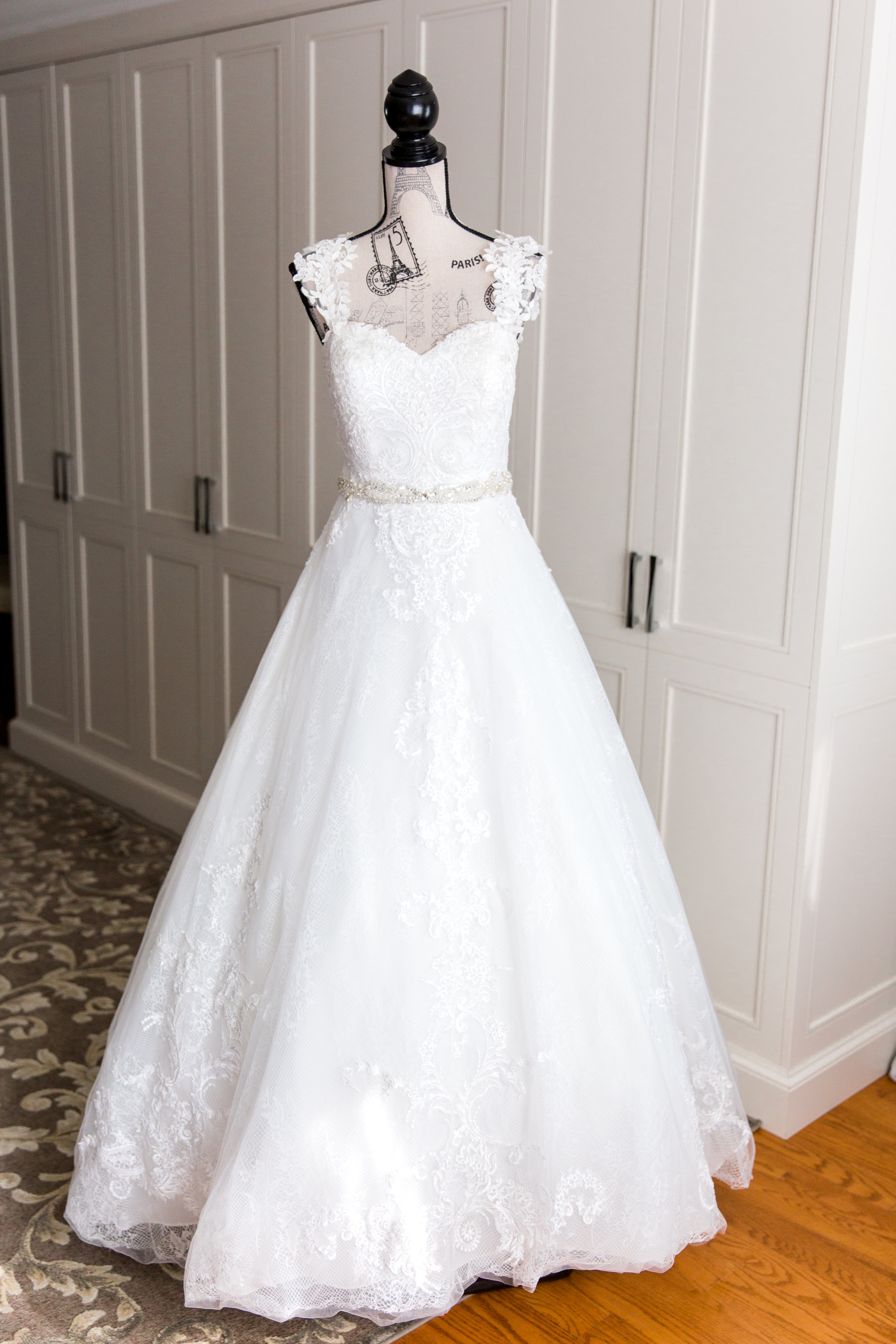Danielle-Giroux-Amir-Golbazi-Toronto-Wedding-Photographer-Bellvue-Manor_DeLuca_1-055.jpg